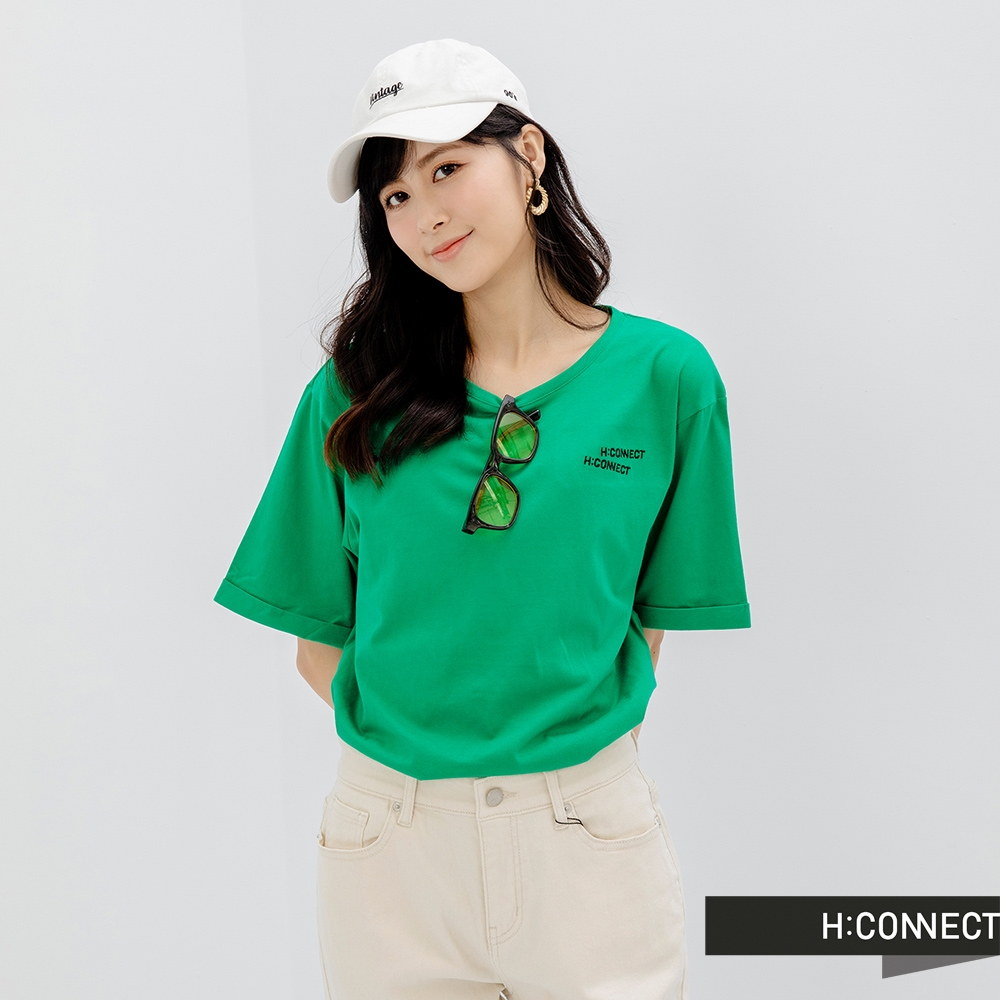 H-CONNECT 韓國品牌 女裝-趣味logo刺落肩袖口反褶T恤-綠色
