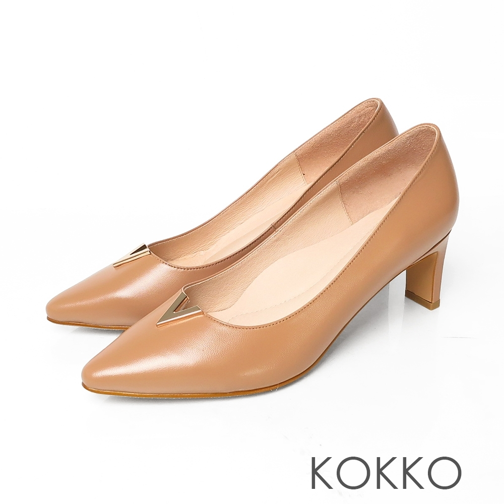 KOKKO微方頭V字金屬柔軟羊皮扁跟鞋奶茶色