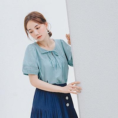 高含棉綁結蕾絲鏤空泡泡袖上衣-OB嚴選