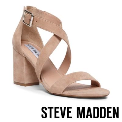 STEVE MADDEN-MOOD 時尚麂皮一字交叉帶粗跟高跟鞋-卡其色
