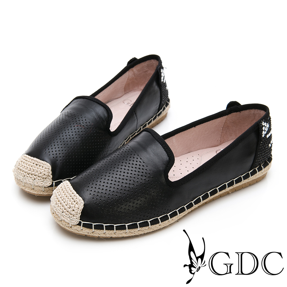 GDC-逗趣貓咪真皮沖孔質感基本簡約平底草編漁夫鞋-黑色