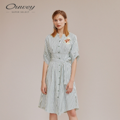 OUWEY歐薇 淡雅條紋花朵刺繡長版洋裝(綠)