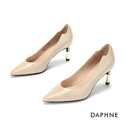 達芙妮DAPHNE 高跟鞋-柔軟真皮金屬拚接高跟鞋-杏