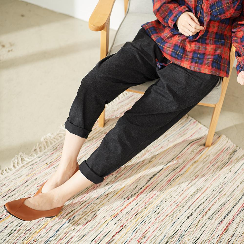 慢 生活 鬆緊腰休閒蘿蔔長褲-黑色