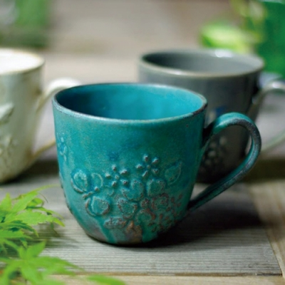 有種創意 - 日本益子燒 - 花園燻雕紋馬克杯 - 青綠-335 ml
