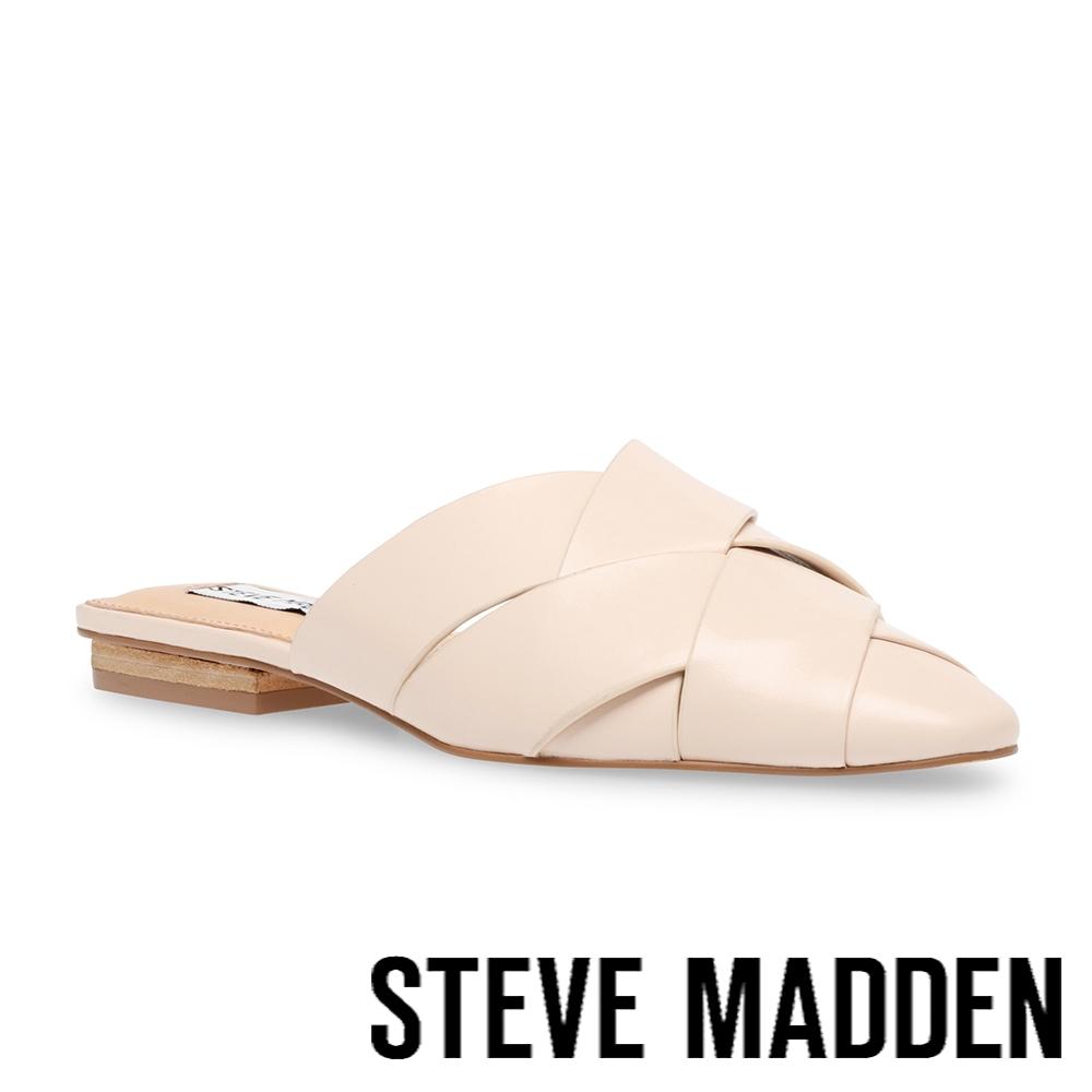 STEVE MADDEN-GAMBIT 編織尖頭平底拖鞋-米杏色