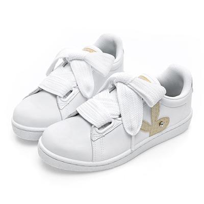 PLAYBOY微甜創作 仿皮寬版綁帶休閒鞋-白金