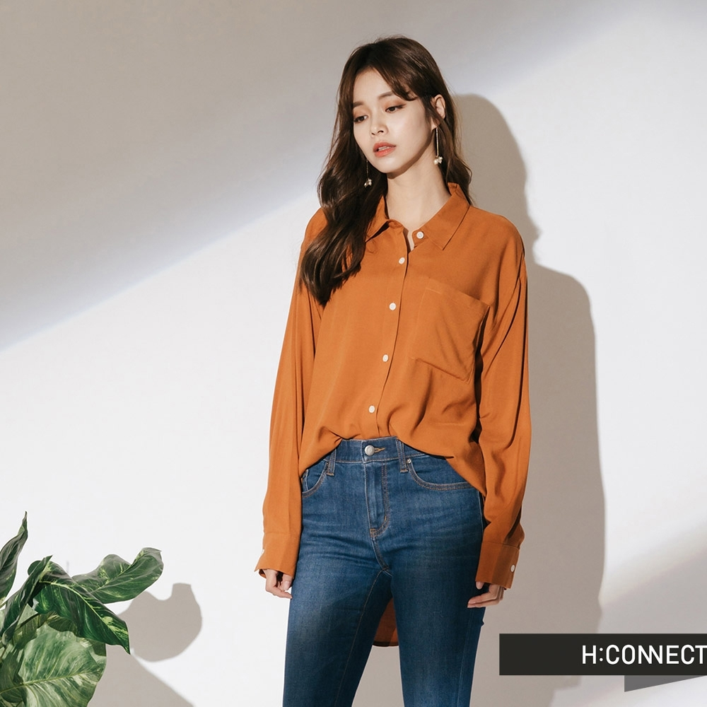 H:CONNECT 韓國品牌 女裝-單口袋柔軟素面襯衫-棕