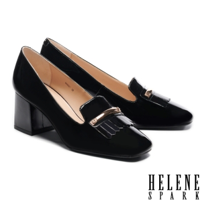 高跟鞋 HELENE SPARK 復古流蘇長飾釦方頭樂福粗高跟鞋-黑