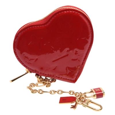 LV M93562經典Vernis漆皮愛心造型鑰匙圈/零錢包(紅)