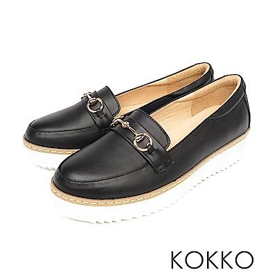 KOKKO -舒適體驗鎖鍊厚底真皮休閒鞋 - 亮眼黑