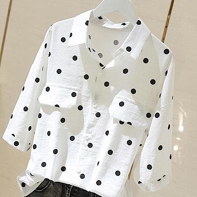 初色  圓點寬鬆蝙蝠袖襯衫-白色-(M-2XL可選)