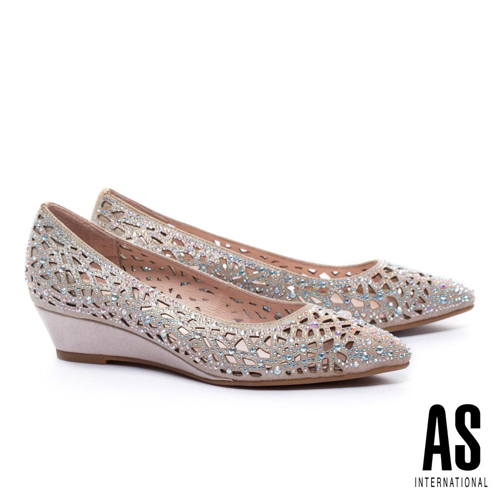 低跟鞋 AS 華麗迷人沖孔晶鑽設計尖頭楔型低跟鞋-金 @ Y!購物