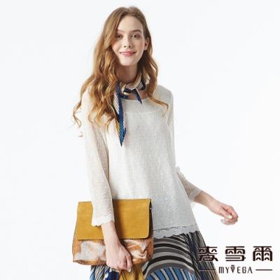 【麥雪爾】透膚小花蕾絲雙層設計上衣-白