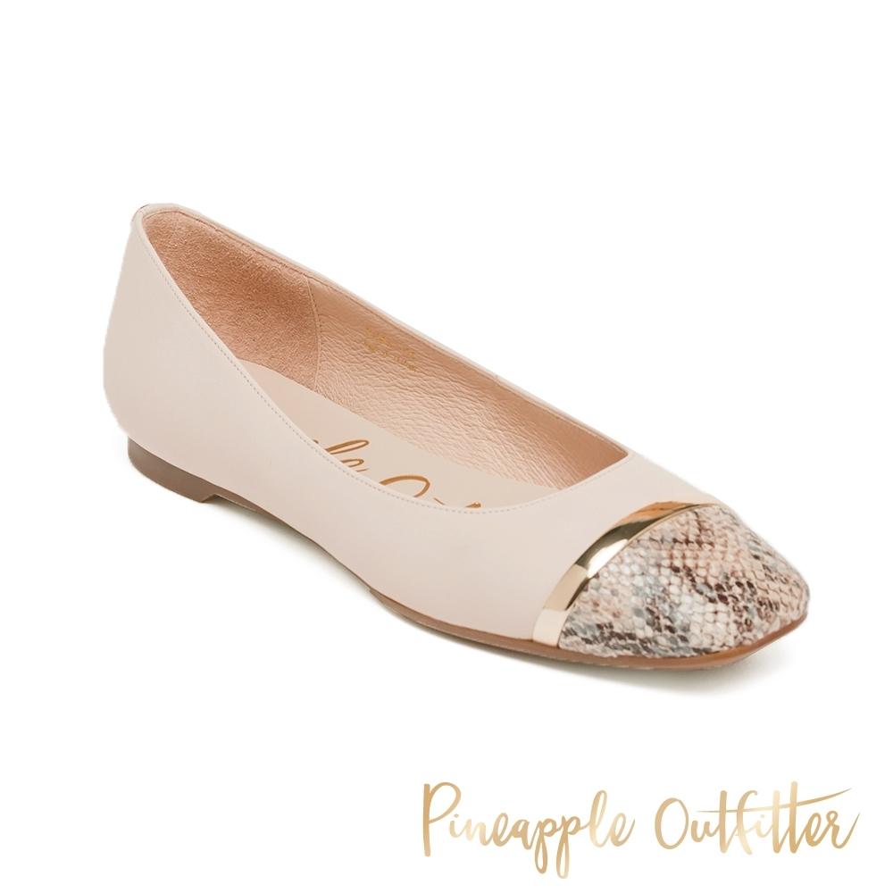 Pineapple Outfitter-FLAVIA 潮流真皮拼接蛇紋娃娃平底女鞋-白色