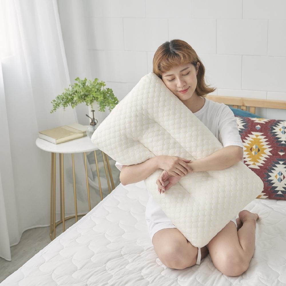 Adorar愛朵兒 針織水立方定型顆粒天然乳膠枕(1入)