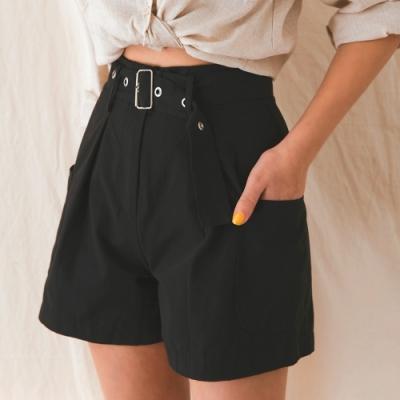 AIR SPACE LADY 口袋顯瘦寬口短褲(附腰帶)(黑)