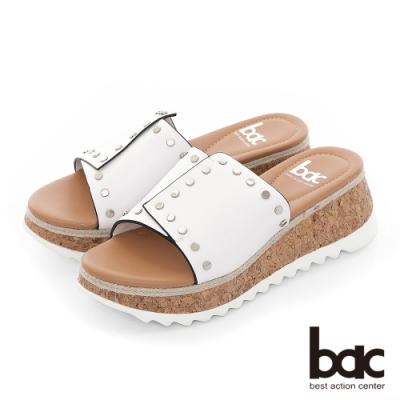 【bac】加州陽光-不對襯一片式鉚釘裝飾厚底台涼拖鞋-白
