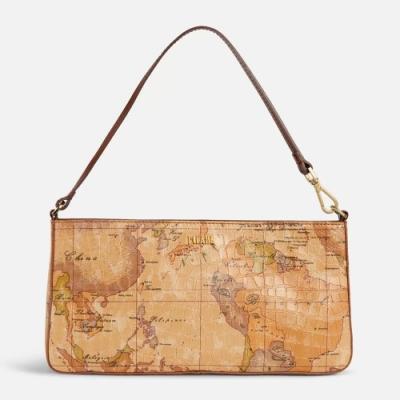 【時時樂限定】Alviero Martini 義大利地圖包 經典地圖羊皮手提肩揹腋下包-兩色