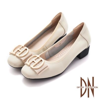 DN通勤跟鞋_素面真皮霧面金屬蝴蝶結跟鞋-米白