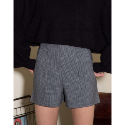Shester55-千鳥格紋毛呢短褲(二色)-女【A2SH146】