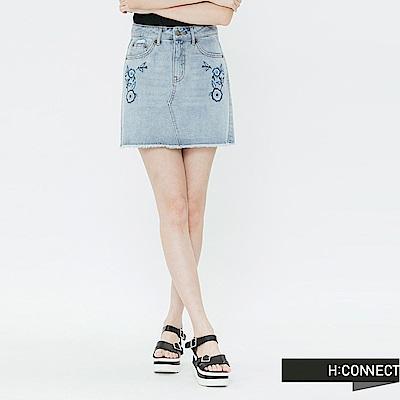 H:CONNECT 韓國品牌 女裝-不收邊繡花牛仔裙-藍