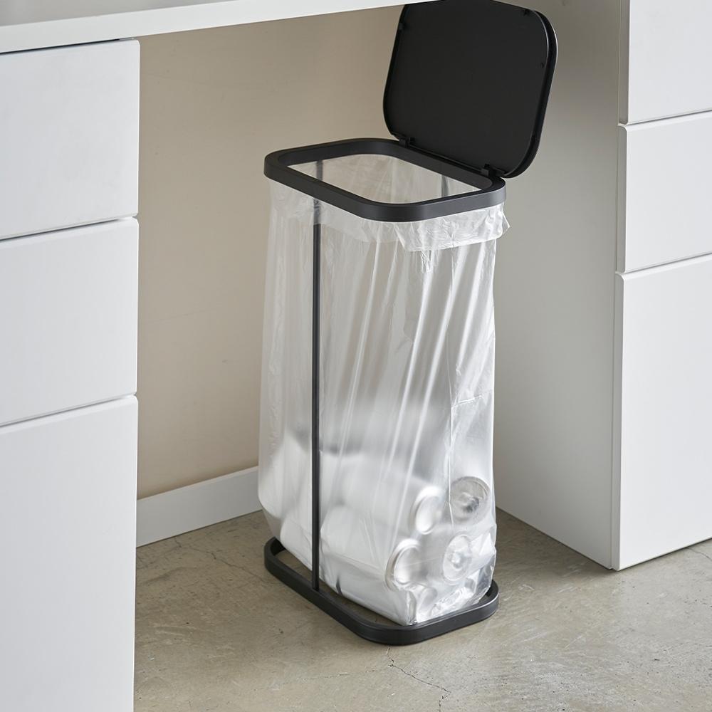 日本【YAMAZAKI】LUCE側開式垃圾袋架(黑)★日本百年品牌★資源回收/掀蓋垃圾桶/廚房收納