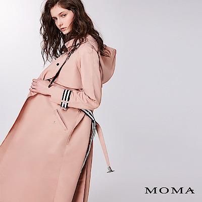 MOMA 條紋袢帶連帽風衣外套