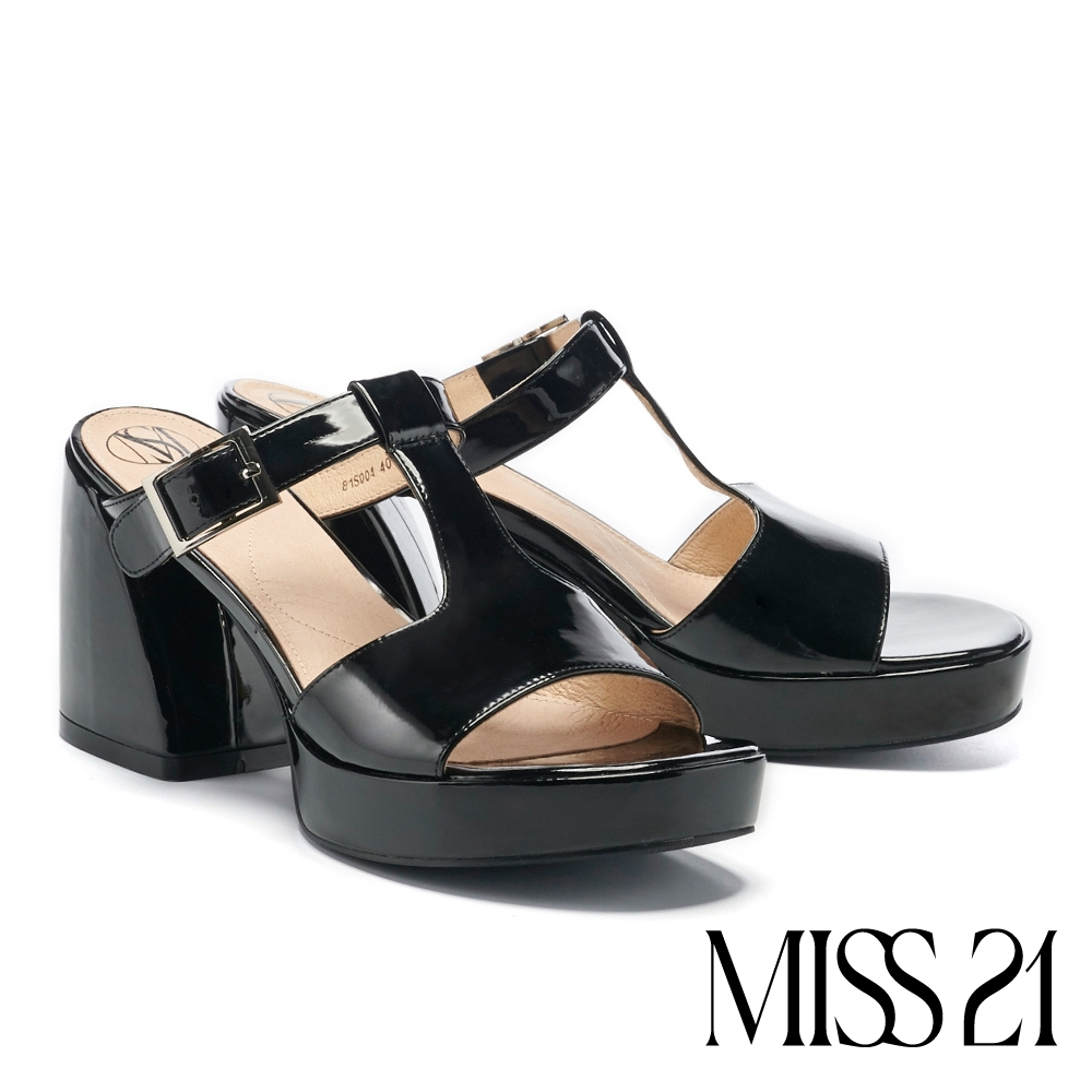拖鞋 MISS 21 甜酷復古工字帶漆皮胖胖粗高跟拖鞋-黑