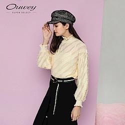 OUWEY歐薇 微透膚拋袖高領上衣(米)