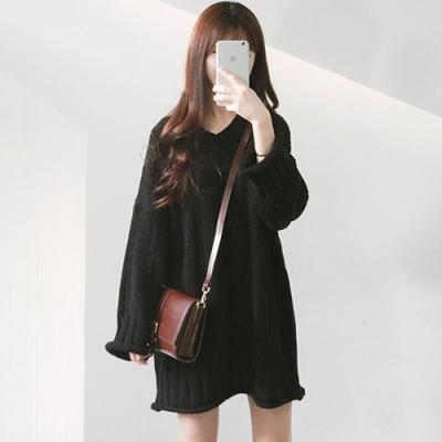 JILLI-KO 韓版V領麻花毛線連衣裙- 黑色