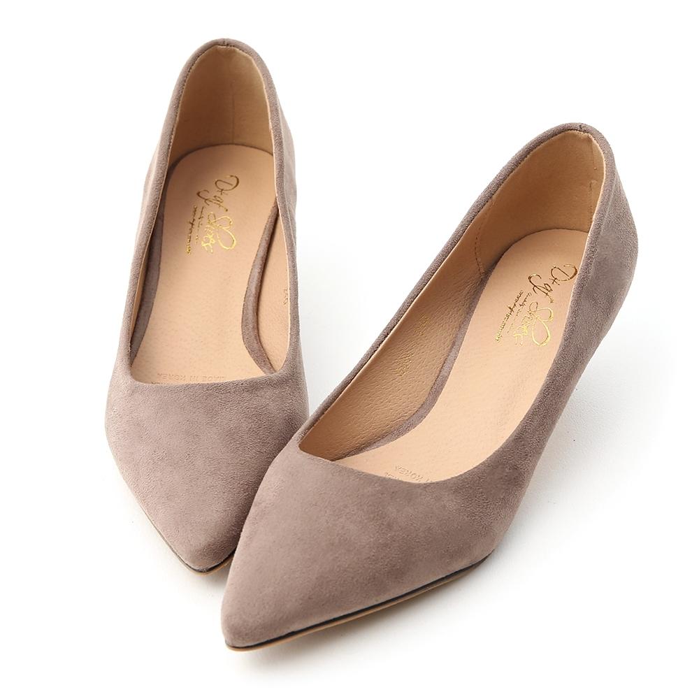 D+AF 典雅秋氛.素面絨料低跟尖頭鞋*棕