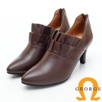 GEORGE 喬治皮鞋 荷花辦造型尖頭踝靴-咖啡色