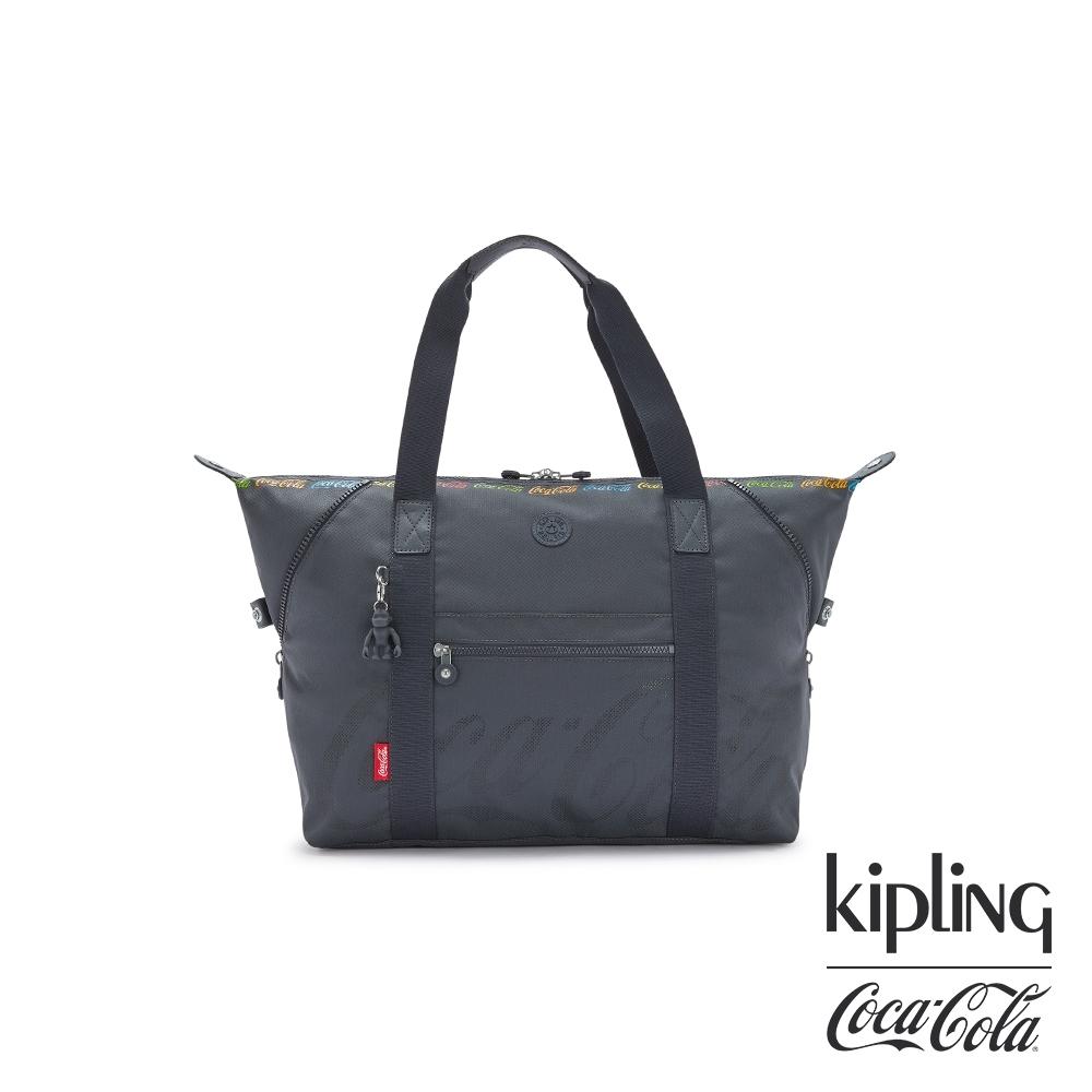 Kipling   Coca-Cola 聯名款創意LOGO印花手提側背包-ART M