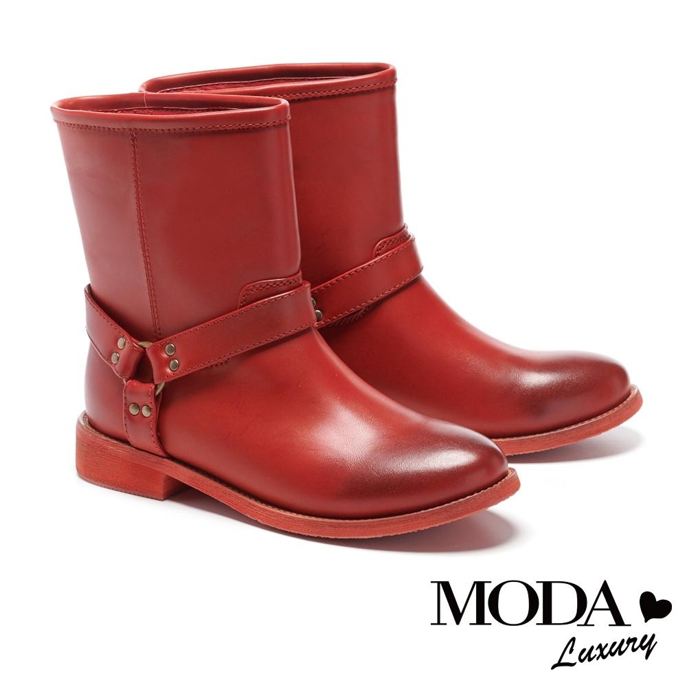 短靴 MODA Luxury 仿舊漸層刷色質感釦帶裝飾低跟短靴-紅