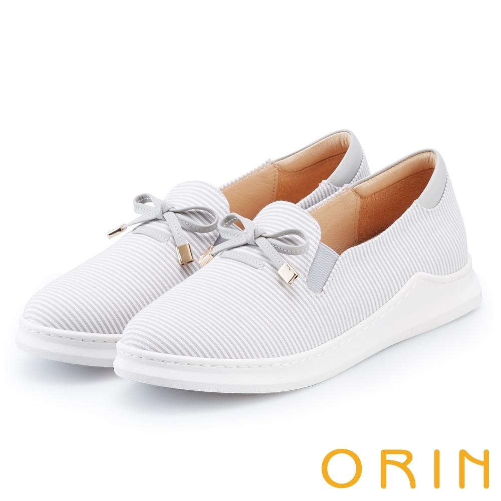 ORIN 潮流渡假風 條紋質感拼接平底休閒鞋-灰色