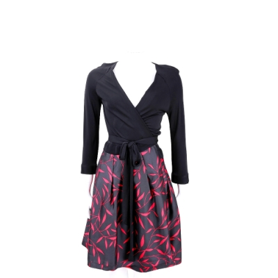 Diane von Furstenberg 綁帶交叉領紅葉印花連身洋裝