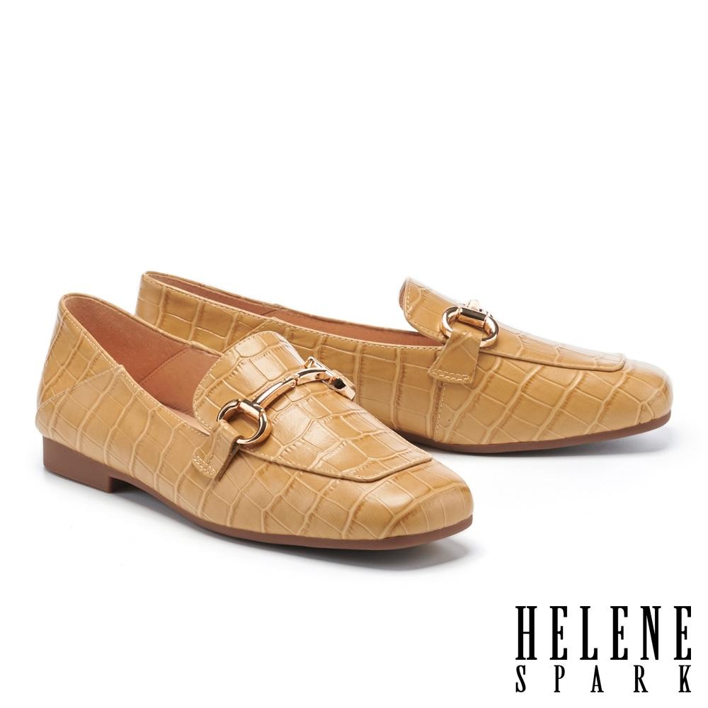 低跟鞋 HELENE SPARK 復古知性馬銜釦方頭樂福低跟鞋-杏