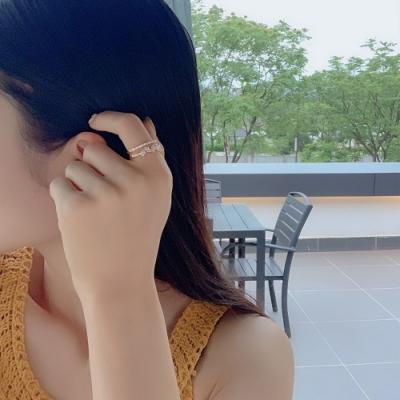 梨花HaNA 韓國鍍K金雙層葉片鑽石細緻微鑲戒指