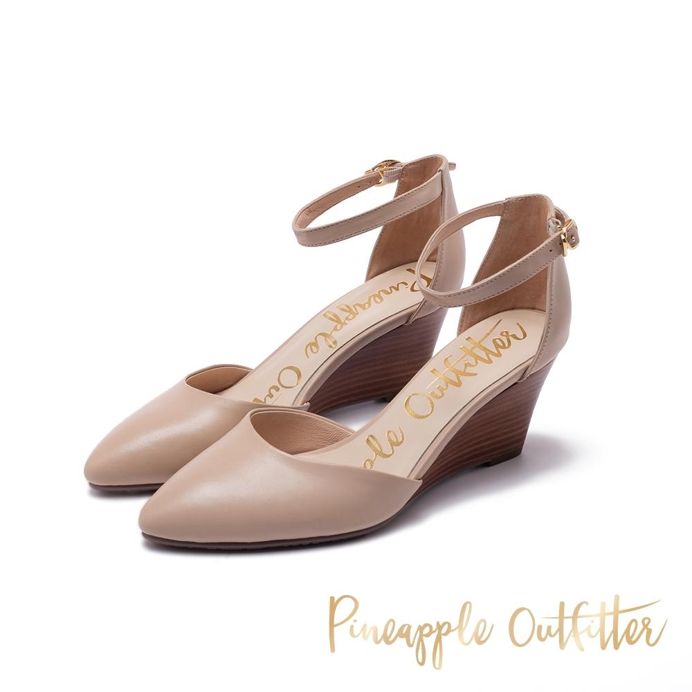 Pineapple Outfitter PIETA 時尚繞踝尖頭楔形鞋-米杏色
