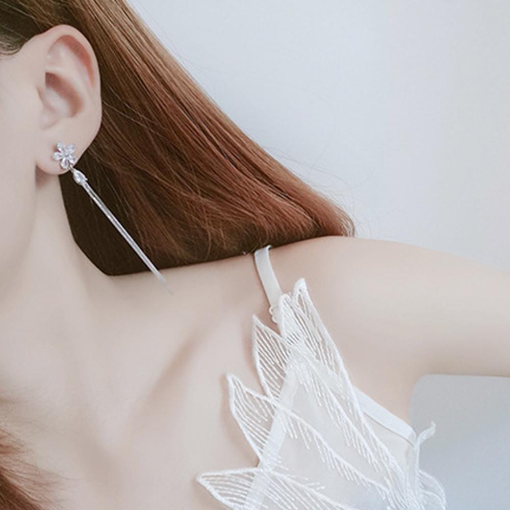 Hera 赫拉 甜美小花花鋯石鏈條耳環