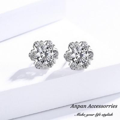 【ANPAN愛扮】S925純銀飾 韓東大門愛心微鑲雪花耳釘式耳環