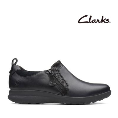 Clarks UN 婆婆媽媽最愛拉鍊設計厚底休閒鞋 黑色