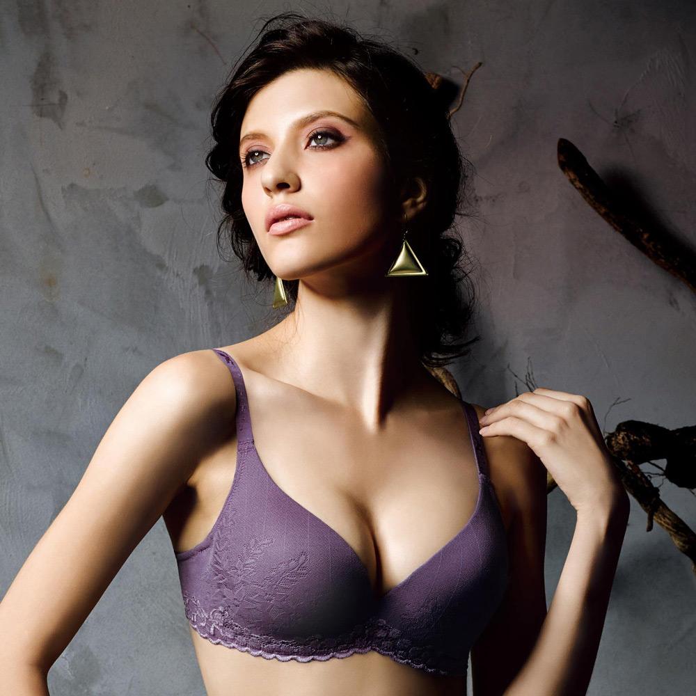華歌爾-新隱絲系列B-C罩杯無痕內衣(葡萄紫)