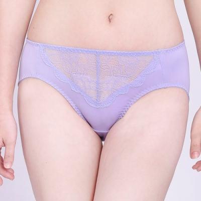 思薇爾 沁甜花漾系列M-XXL蕾絲中腰三角內褲(宇宙紫)