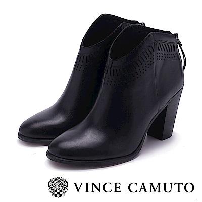 VINCE CAMUTO 尖頭真皮革簍空粗高跟踝靴-黑色