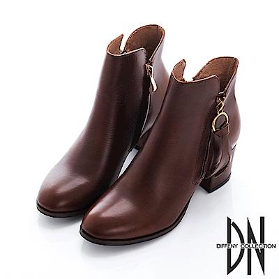 DN 紐約街頭 純色牛皮拉鍊低跟短靴-咖
