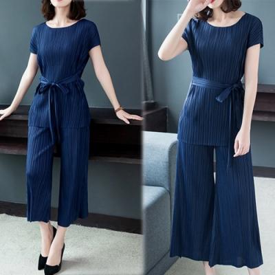 【韓國K.W.】(現貨)素色三宅壓褶套裝組-1色