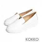 KOKKO - 優雅小跑步牛皮輕量休閒鞋 -  清爽白
