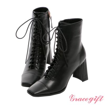 Grace gift X Kerina-聯名方頭綁帶高跟短靴 黑